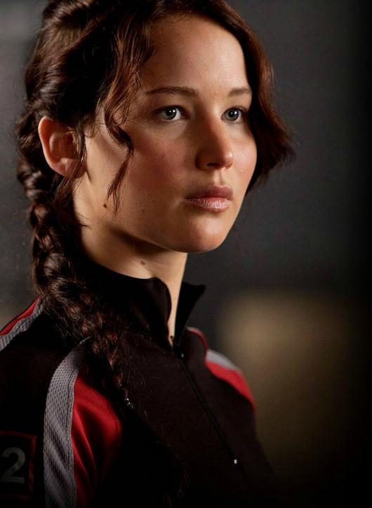 http://www.justcor.com/wp-content/uploads/2012/08/Katniss-Everdeen-the-hunger-games-fan-club-30601998-530-725.jpg